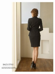 画像4: 【Belsia】大きいサイズ15号まで完備!!ストライプテーラードスカートキャバクラスーツ 加賀美早紀 着用キャバスーツ タイトセレモニーセットアップスーツ 式スーツ/フォーマルスーツにも【ベルシア】(S/M/L/XL/XXL)(ブラック) (4)